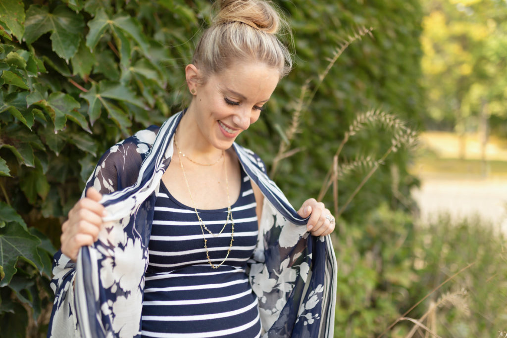 maternity style with kimono and top knot