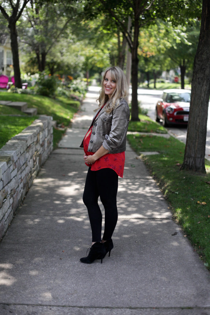 maternity fall fashion - layers with velvet jacket and blanqi leggings