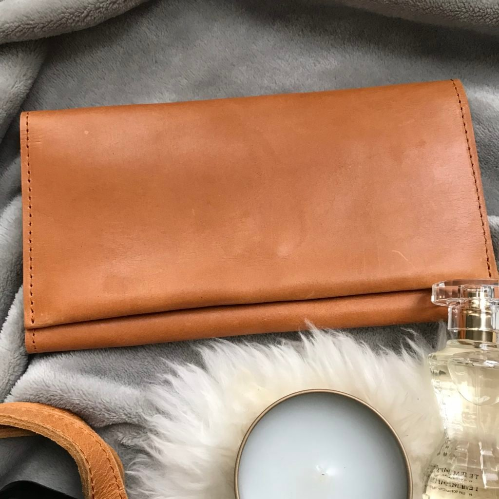 debre leather wallet cognac