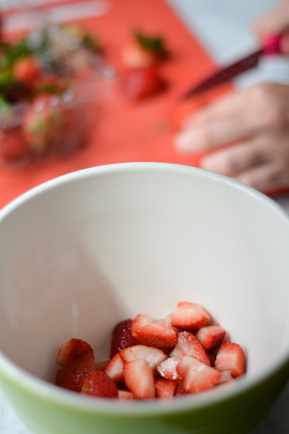 cut the strawberries