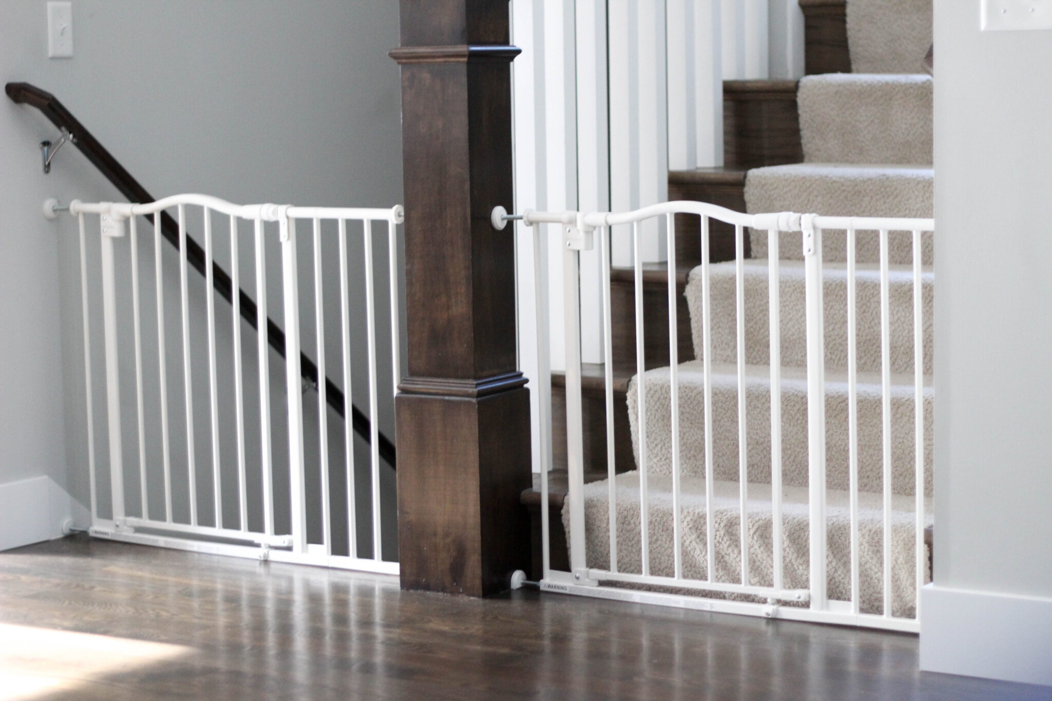 White arched north states auto close baby gate