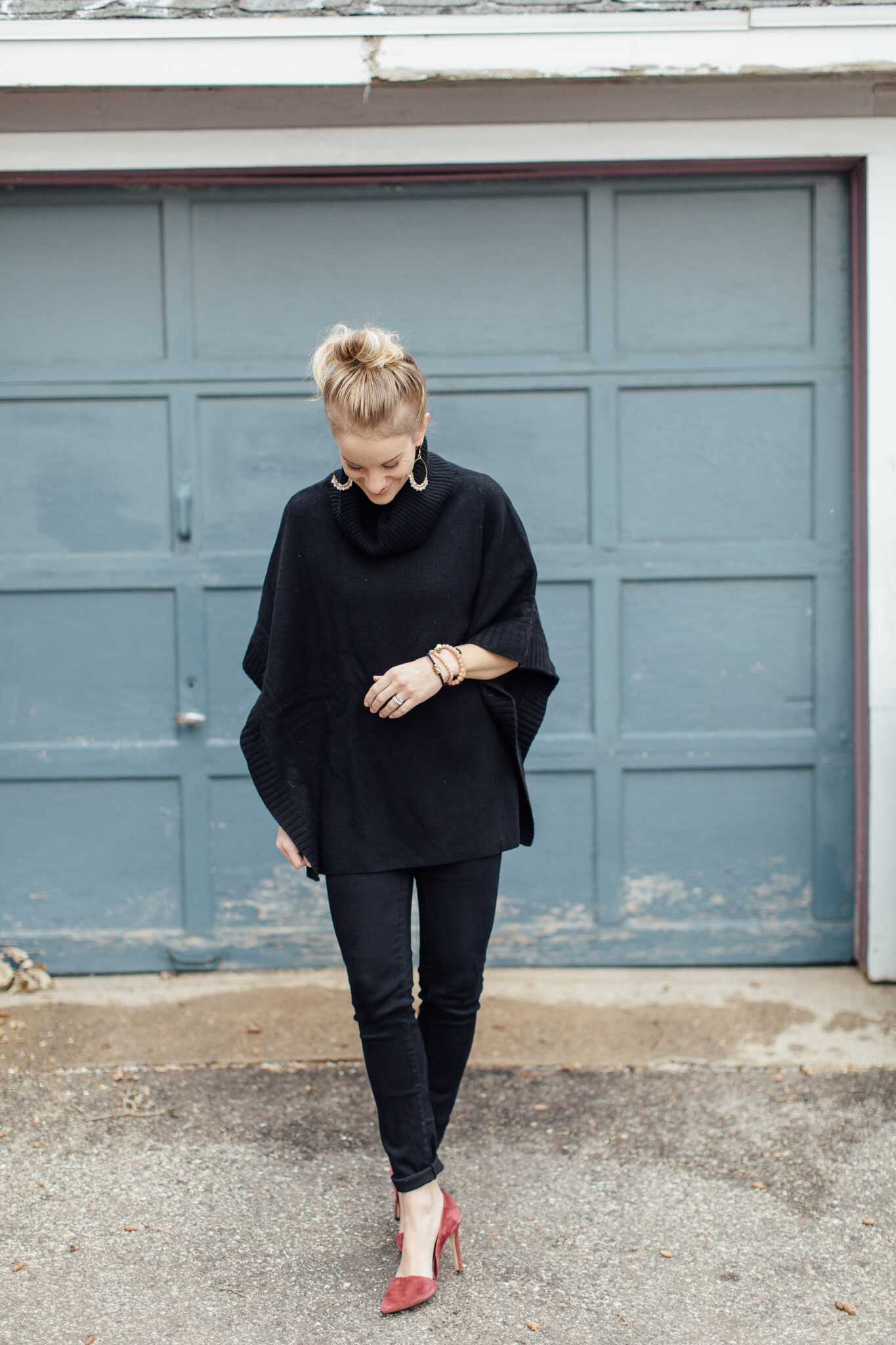 shop your closet  how to rock an all black outfit - Paisley + Sparrow 69bd09aa4