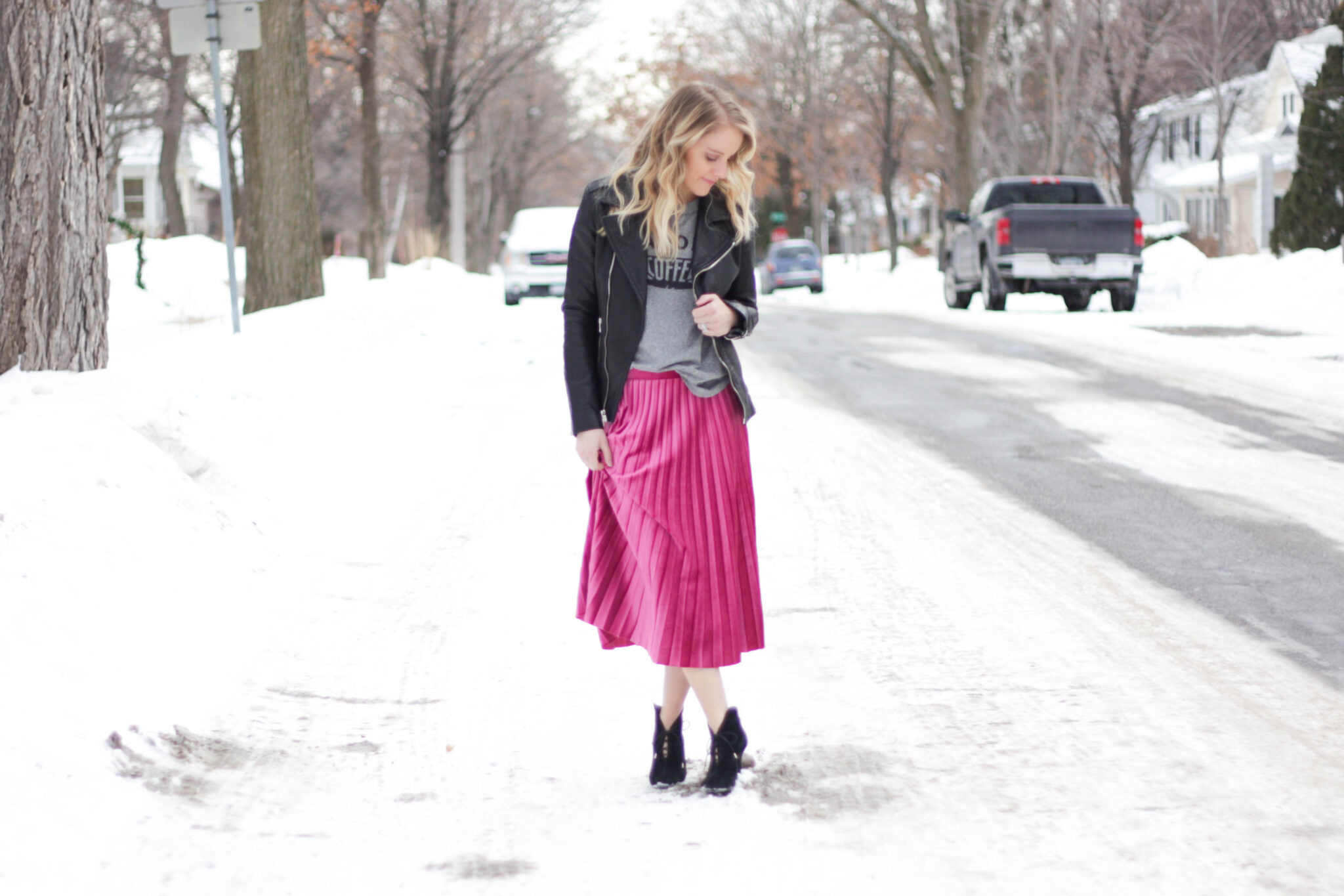spring outfit - pink skirt, leather moto jacket, coffee graphic tee