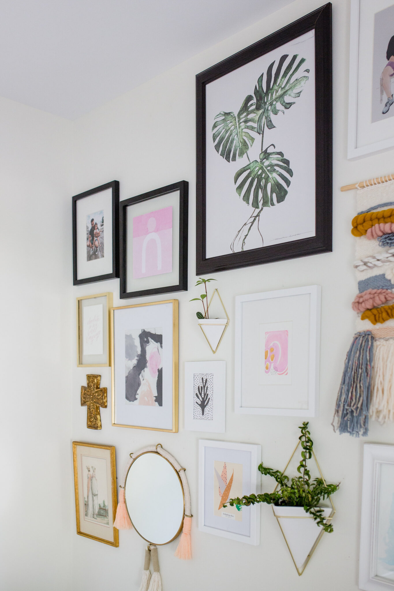 gallery wall in hiome office