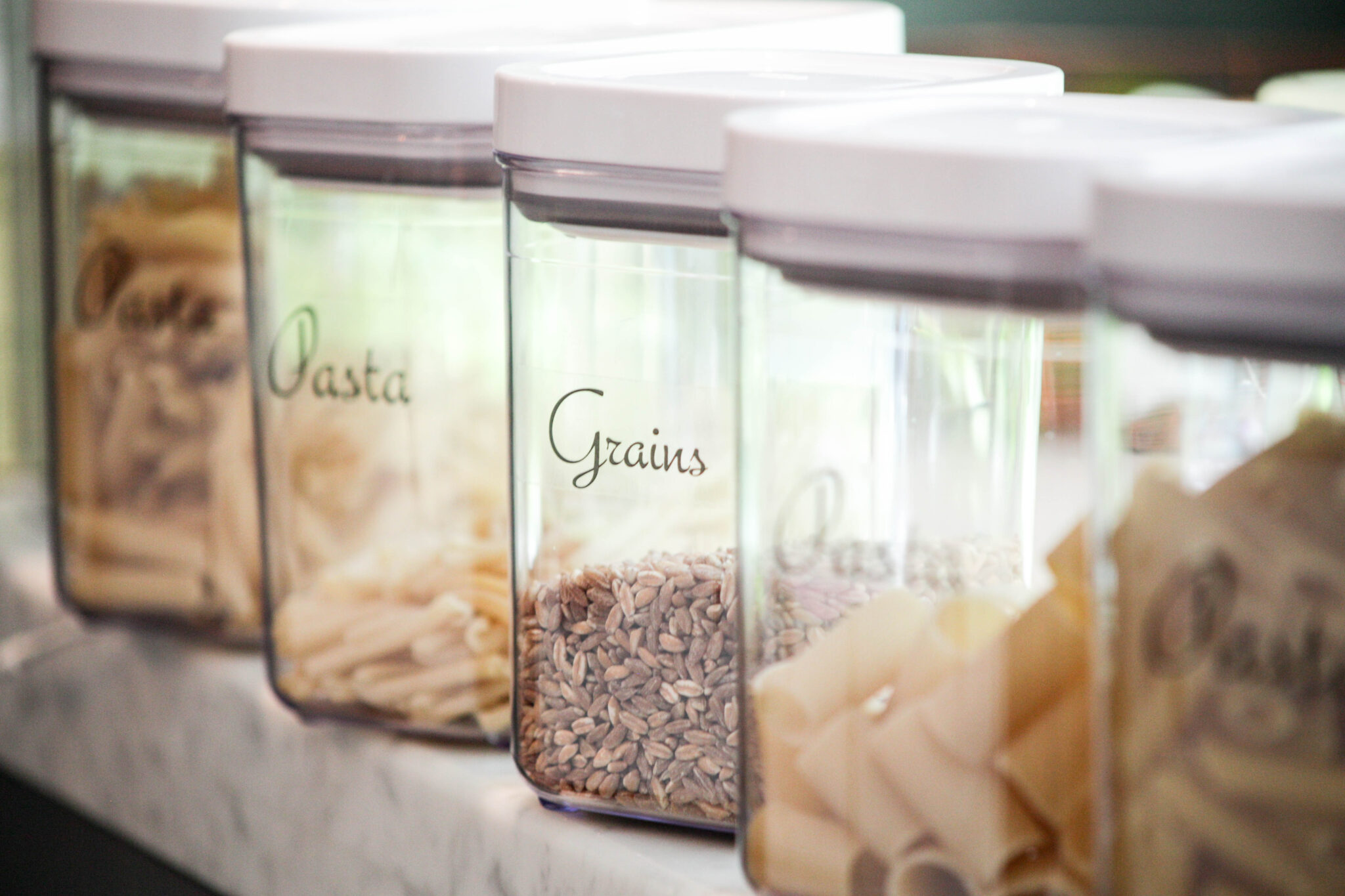use labels to organize kitchen pantry