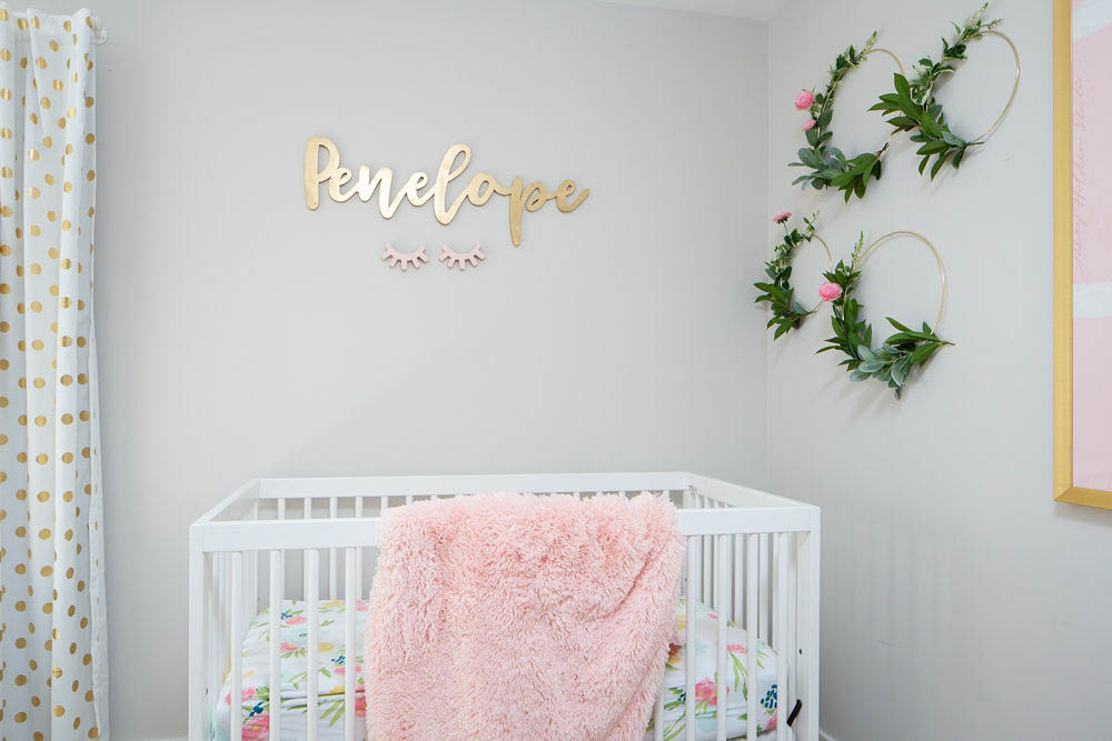 Nursery name sign and eyelashes