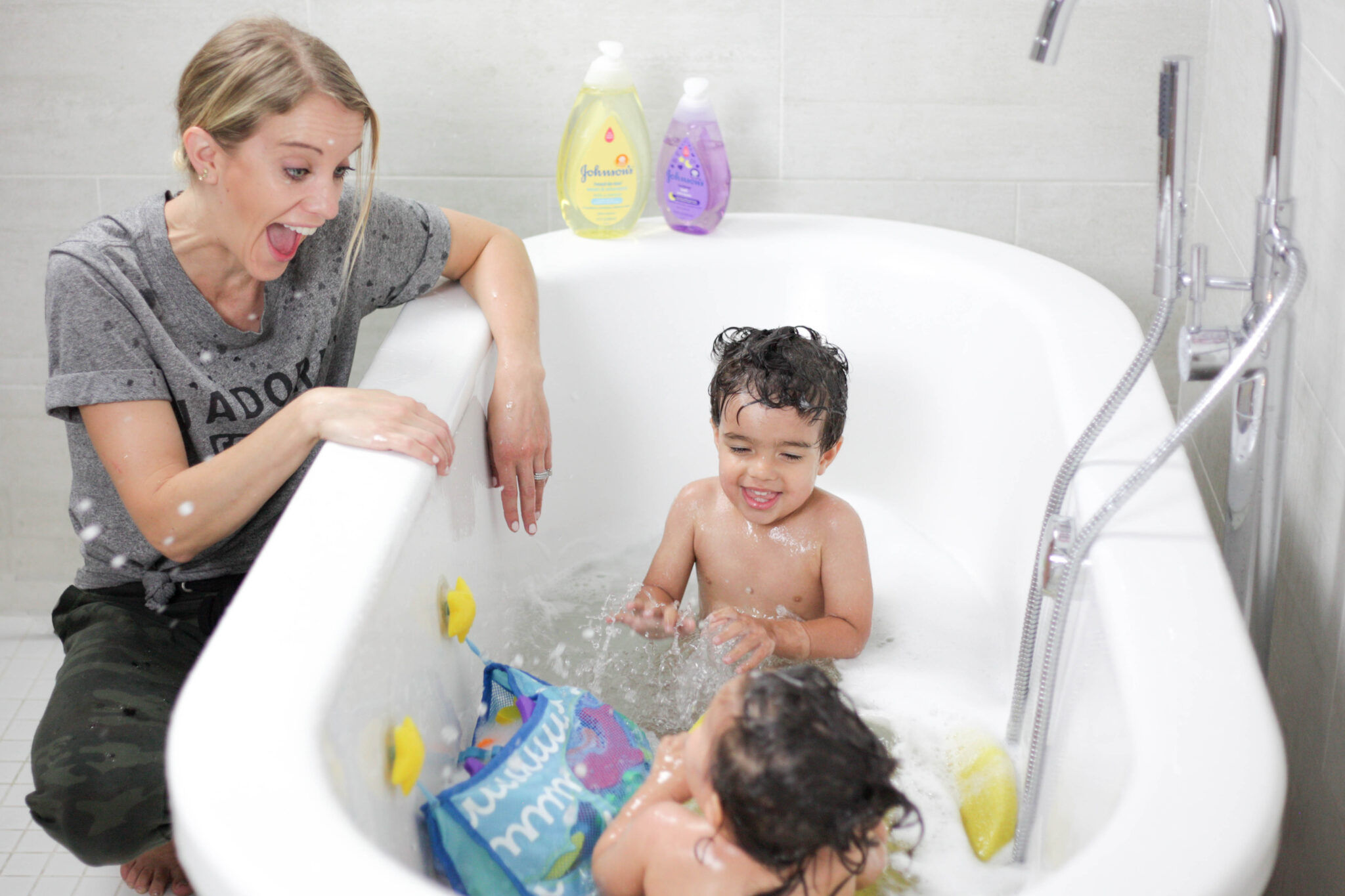 johnsons bedtime bath and head-to-toe wash