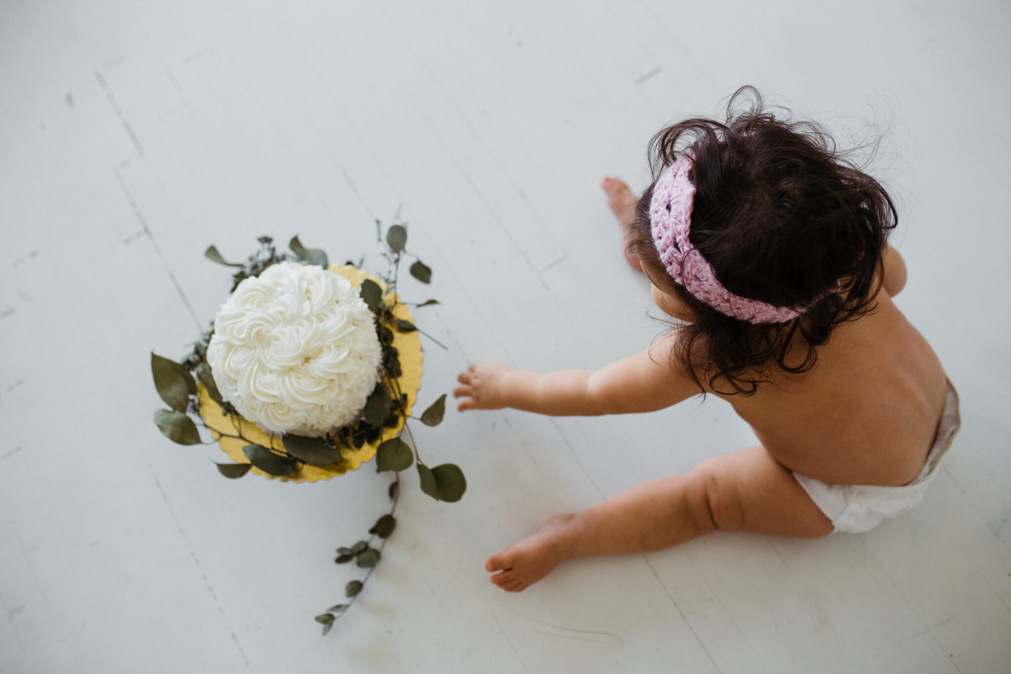 First birthday cake smash #cakesmash #firstbirthday #babygirl