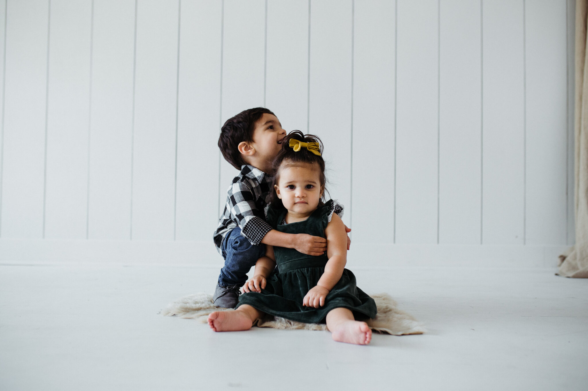 bundle studio sibling shoot