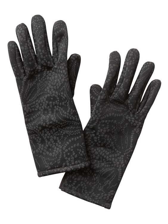 Winter running tips - reflective run gloves