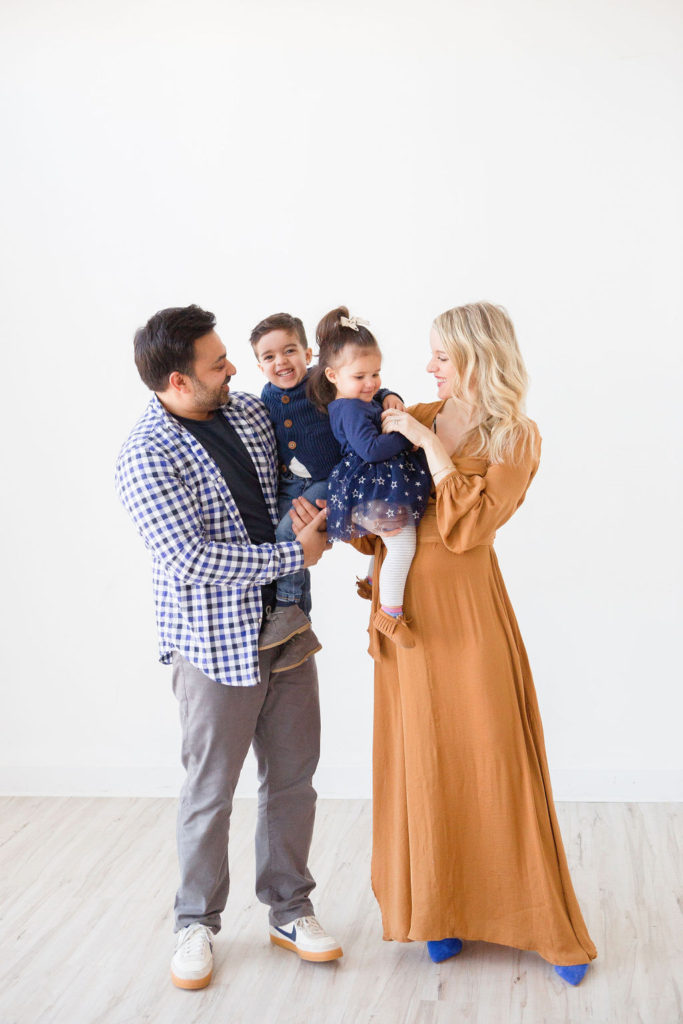 tips for helping dad know their role in pregnancy, birth and beyone