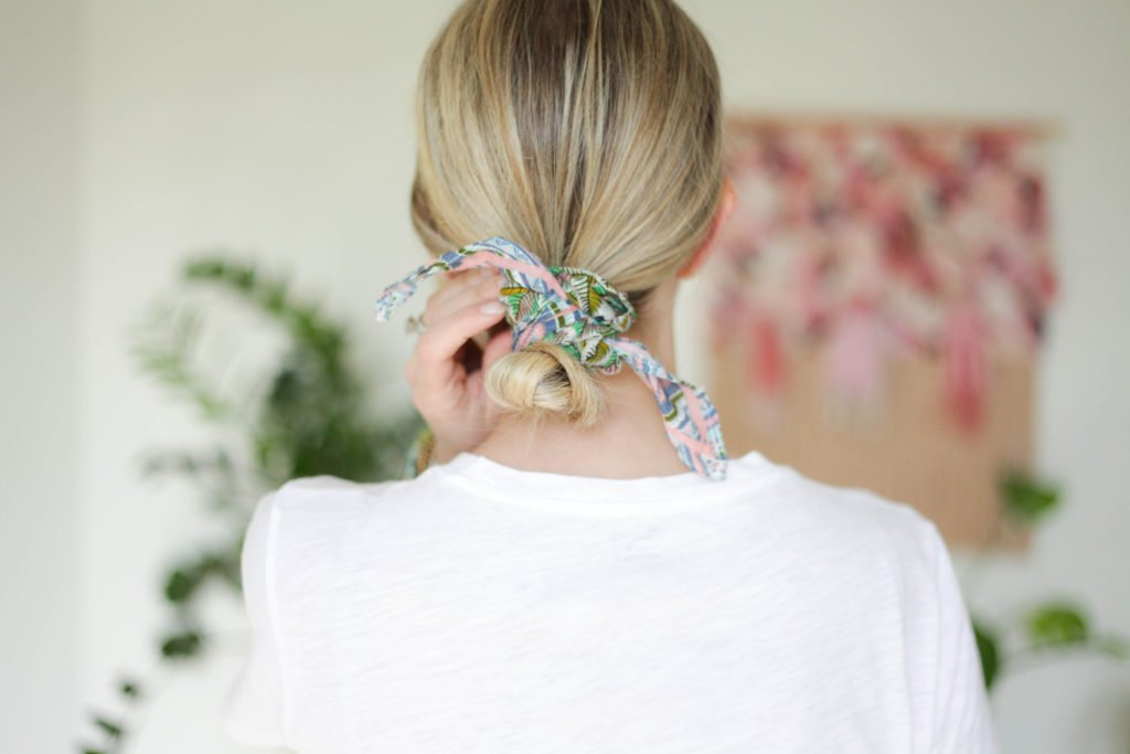 How to wear a bandana - Wrap Bun! Click for 8 additional ways to style your bandana scarf!