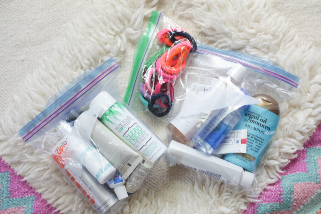 Stay organized with ziplock bags when you travel!
