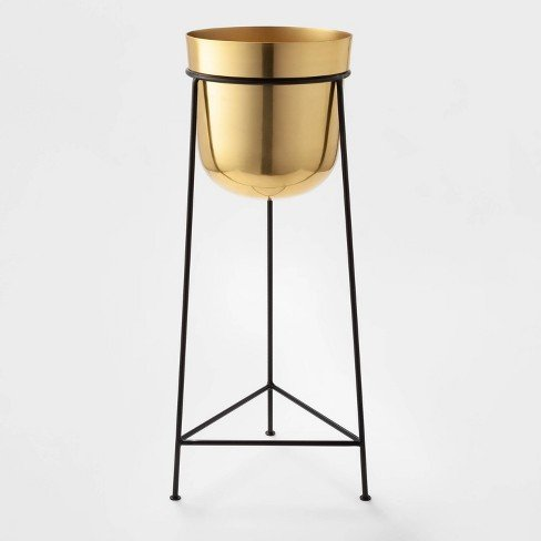 Stunning gold and black plant stand for showing off that new plant baby!