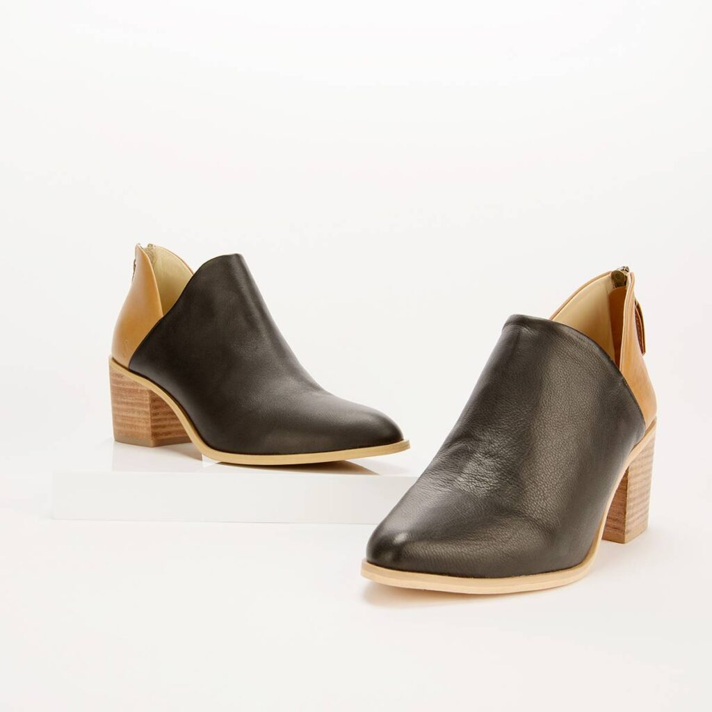Two-Tone V Boot (Sseko)
