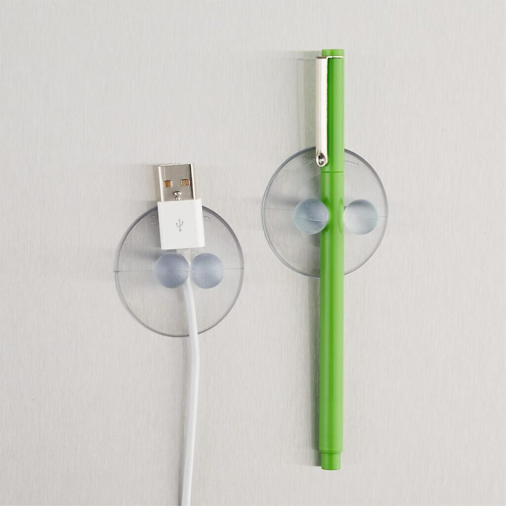 Clear suction hooks to keep cords untangled