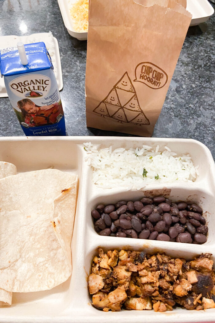 Chipotle Kids Meal – What's on the menu!