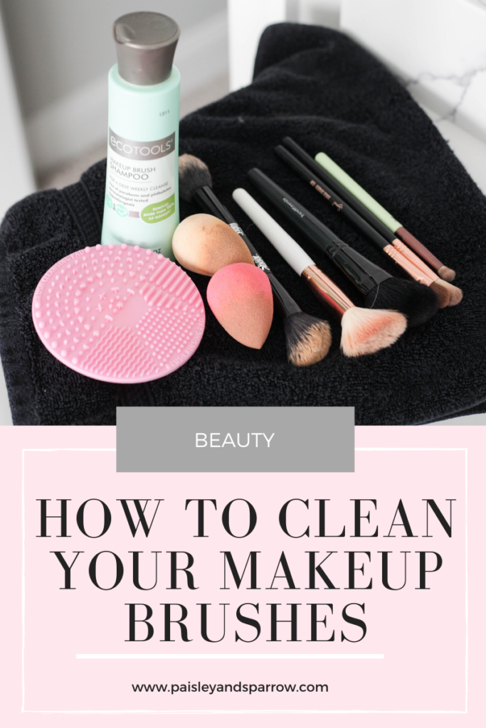 Do you know the best way how to clean makeup brushes? Cleaning them properlly will prevent breakouts and keep your brushes in great shape!