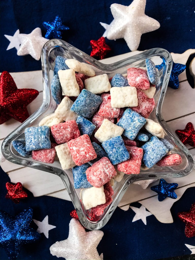 Patriotic Red, White, and Blue Puppy Chow