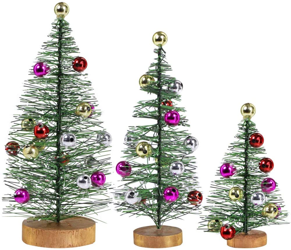 3 Piece Set With Metallic Ornaments