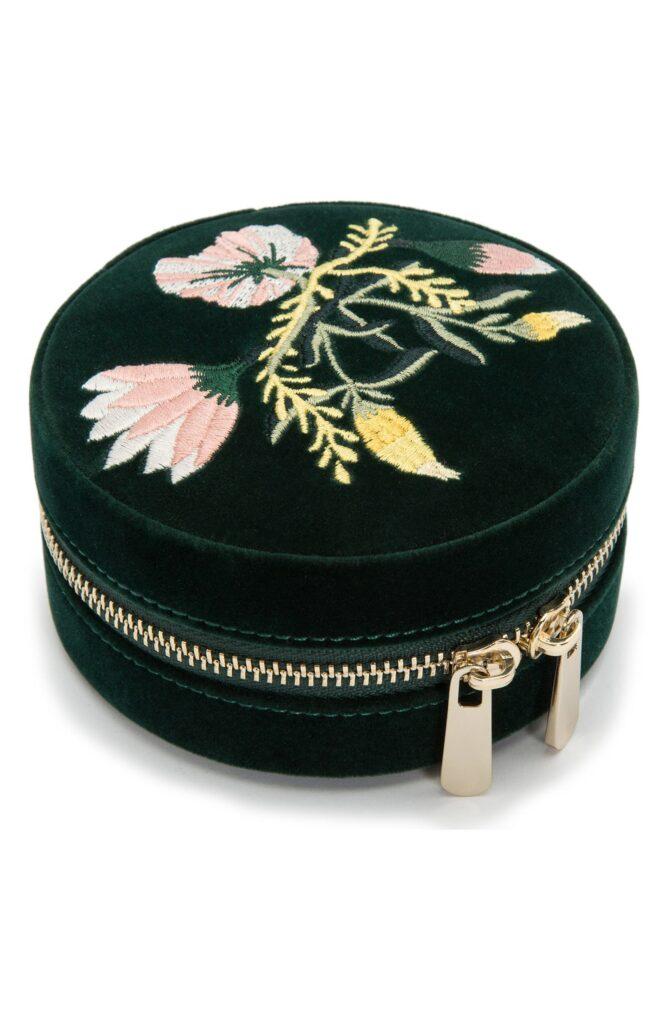 Round travel jewelry case